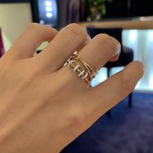 SLJELY אמיתי 925 סטרלינג כסף צהוב זהב צבע משולש מעגלי אצבע טבעת עם הזזה טבעות פייב זירקון נשים תכשיטי יוקרה