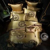โกลเด้นสีเงินสีแดงงานแต่งงานสุดหรูรอยัลราชินีเตียงขนาดคิงไซส์ชุด
