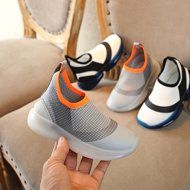 Spring 2019 New Fashion kids Shoes Boys girls Comfortable Soft-soled school Net cloth breathable shoes summer casual sneakers Girl's Shoes
