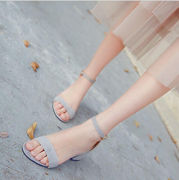 2017 summer Sandals Female  Leather Thick Heel Open Toe High-heeled Shoes Belt Button High Heel Sandals/Party Wedding Shoes clark linde jungheinrich still keygen 2014