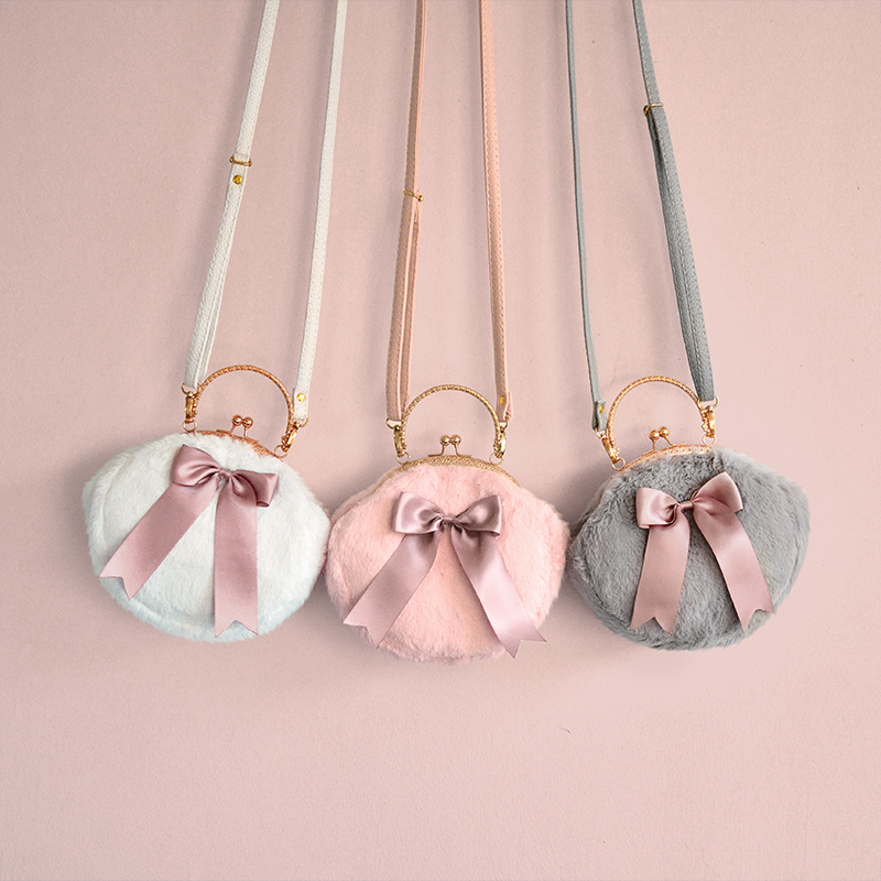 Princess sweet lolita bag Original Plush bow small round bag sweet and lovely sprouting hair bag mouth gold satchel CC059
