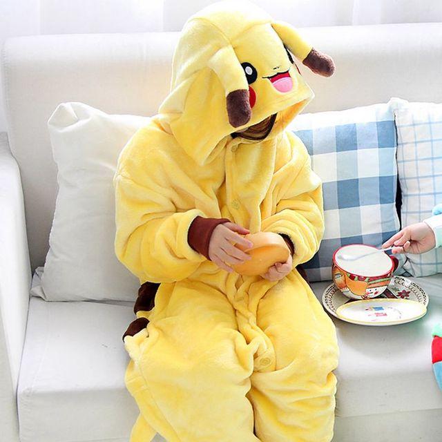 Детский пижамный комплект для мальчиков и девочек со смайликом и Пикачу, фланелевая детская пижама с капюшоном и рисунками животных для кос...