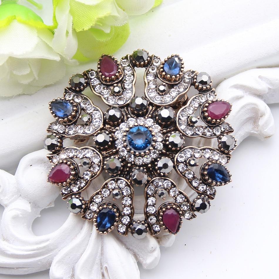 Fashion Gold Color Vintage Brooch Pins Female Brand: Vintage Turkish Rhinestone Flower Brooch For Women Antique