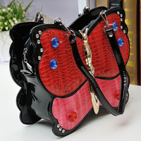 Free Shipping 2015 New European American Retro Fashion Personality Butterfly Messenger Bag