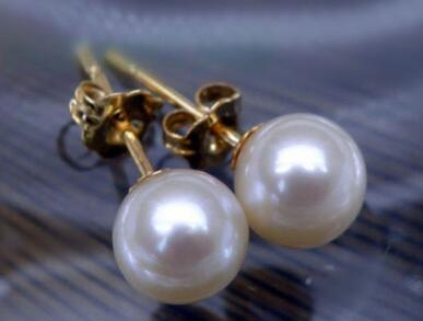 Free shipping natural round AAA 8-9 mm south sea white pearl earrings 14 yellow gold