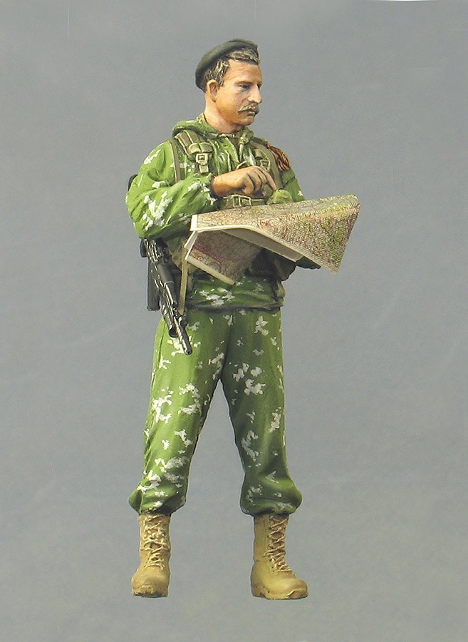 Assembly Unpainted  Scale 1/35 Officer Commander   Russia 2002  Modern Soldier Historical Toy Resin Model Miniature Kit