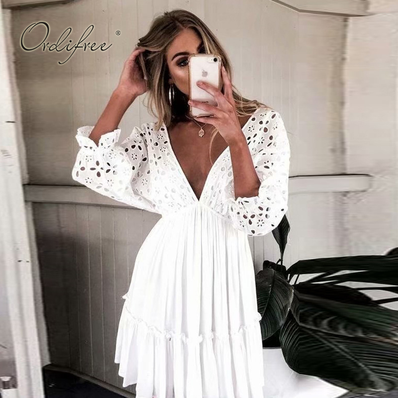 Ordifree 2019 Summer Bohomian Women Embroidery Mini Dress Half Sleeve Short Sexy Backless Cotton White Lace Tunic Beach Dress