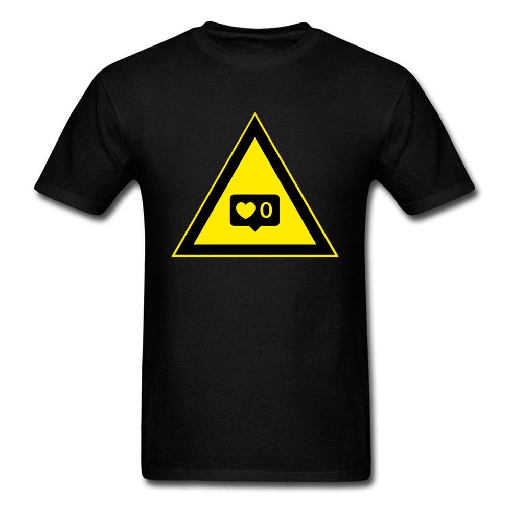 0 Mag 2018 Neuheit Männer T-shirt Design Schwarz Top Gelb Dreieck Geometrische Cartoon T Shirt Kurzarm Baumwolle Stoff Professionelles Design