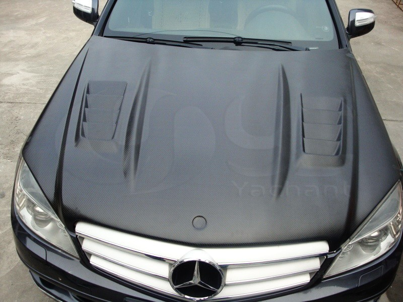 2008-2010 Mercedes Benz W204 C-Class DTM Style Hood Bonnet CF (24)