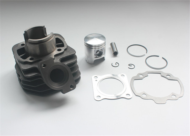 50cc cylinder kit cylinder piston kit for Piaggio/Gilera 50cc 2T IRON CAST DIAMETER for BUXY50 NRG 50 Power DT Sfera NSL 50 40mm cylinder kit for cpi keeway 50cc 2t gus diameter 40x12 40mm 50cc cylinder piston kit