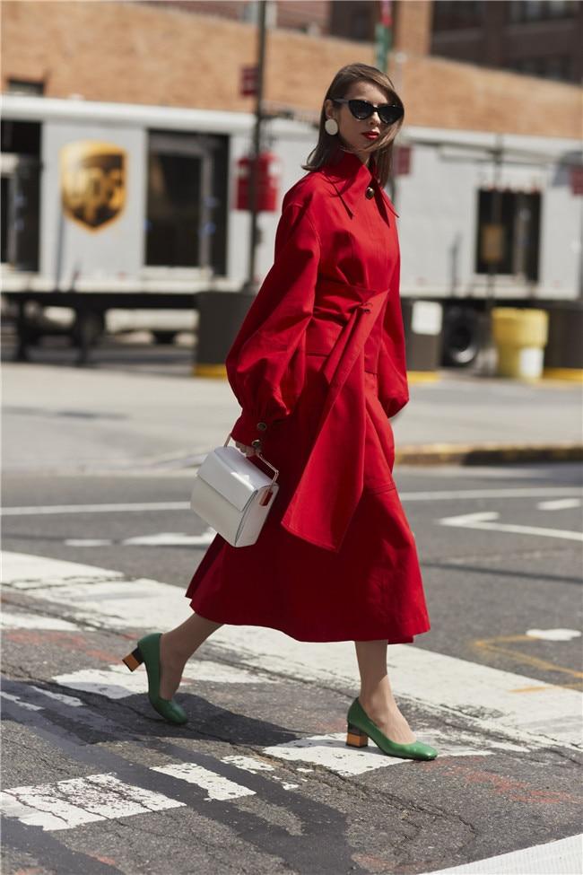 Ветровка с рукавами-фонариками; высокое качество; Бандажное пальто с поясом; Тренч с лацканами средней длины; Весенняя модная женская одежда