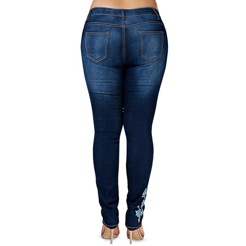 2d98c10eb8 Negro Blanco azul Denim Jeans Shorts mujer Loose Ripped verano Casual pantalones  vaqueros mujer Sexy Club