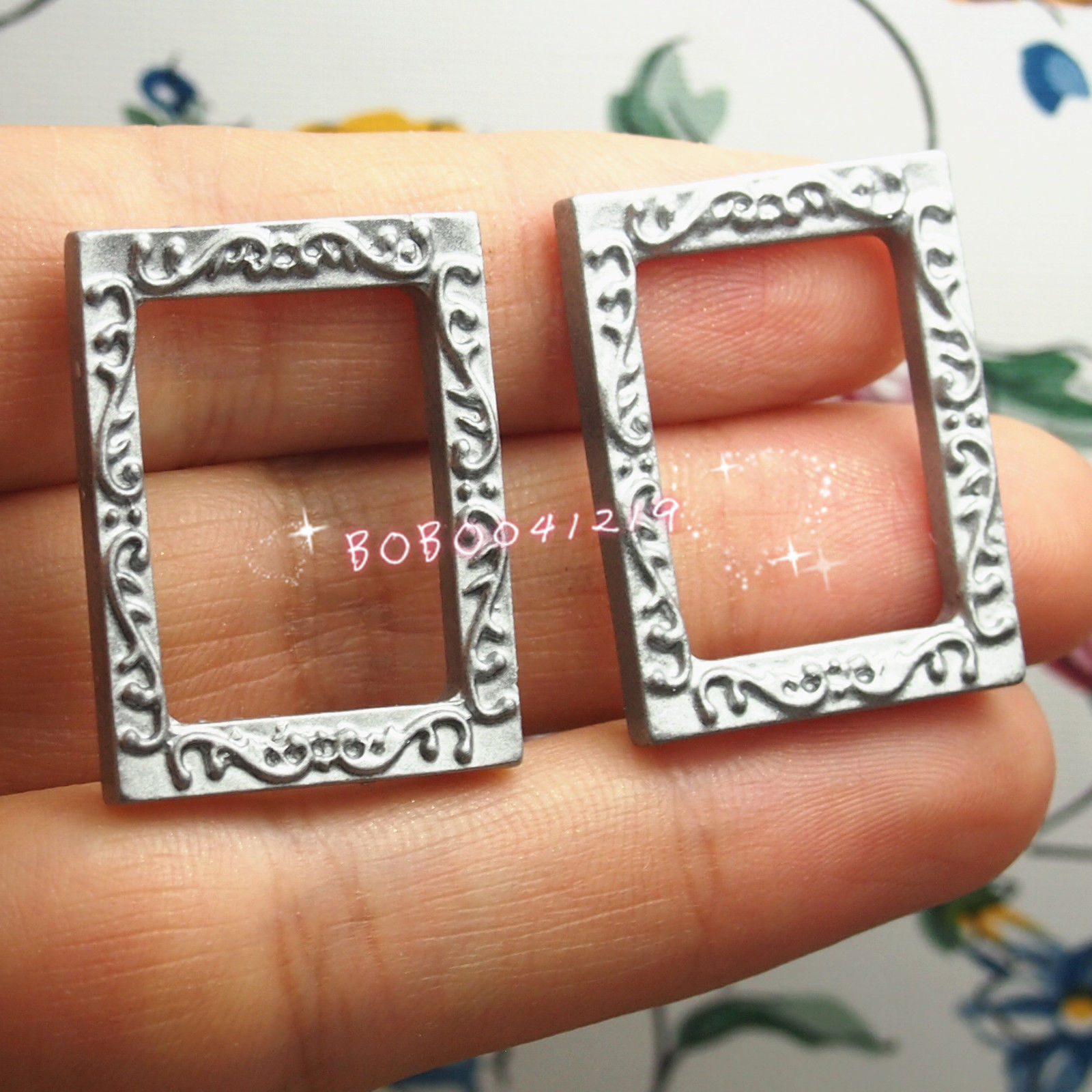 Toys & Hobbies Dollhouse Miniature 1:12 Toy 2 Small Plastic Silver Rectangle Frames L2.7cm Em3s Relieving Heat And Thirst.