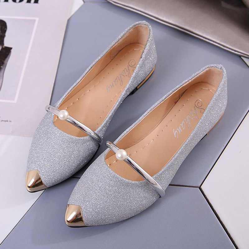 53c7a923ff 2019 Summer Ladies Flats Shoes Women Shoes Pearl Comfortable Pointed Toe  Flat Shoes Gold Silver Female Casual Woman Boat Shoes