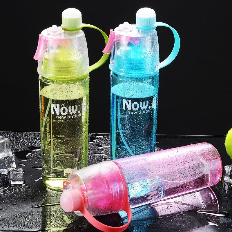 Botella de agua deportiva con aerosol de 400/600Ml para niños, botellas para beber de viaje gratis de bpa para escalar al aire libre, taza de gimnasio, deportes de agua rociar