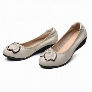 Image 5 - Lederen Vrouwen Hoge Hakken Handgemaakte Mode Vrouwen schoenen hoge hak Zwart slip Casual Wiggen Vrouwen Pompen