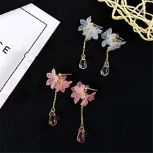 acrylic pink petals stud earrings Small pure and fresh water droplets eardrop flowers Beautiful girl for woman