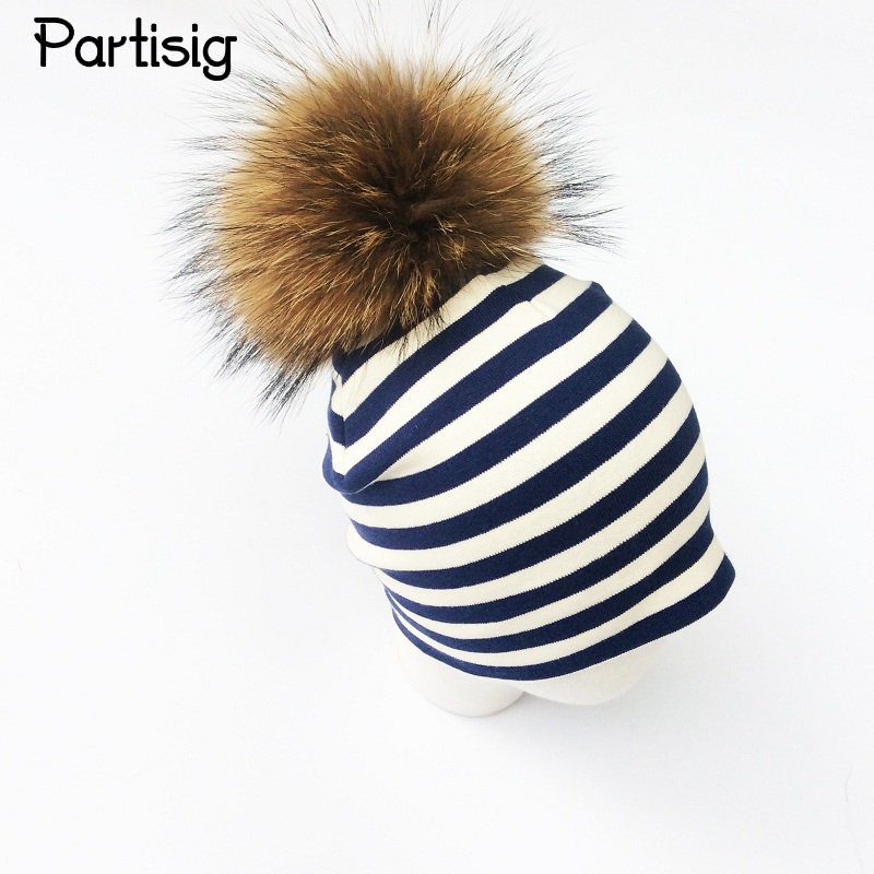 Fashion Baby Hat Striped Raccoon Fur Ball Cap Cap For Boys And Girls 15cm Pompom Høst Vinter Barn Hatter Caps