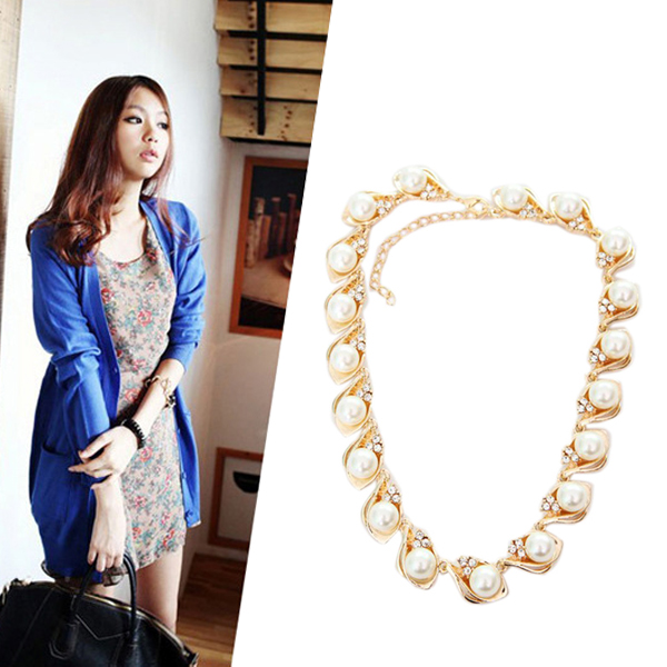 New Arrival Female Temperament Elegant Pearl Diamond Collar Bone Short Chain Necklace