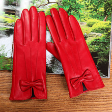Latest 2019 Lambskin Butterfly Knot Real Leather Gloves Female Winter Plus Velvet Thicken Red Womans Sheepskin L6122