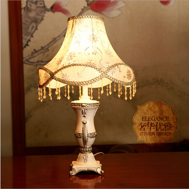 Luxurious Ancient Garden European Style Table Lamp Bedside Lamps E27 Light Source AC90-260V Dimmerable Free Shipping