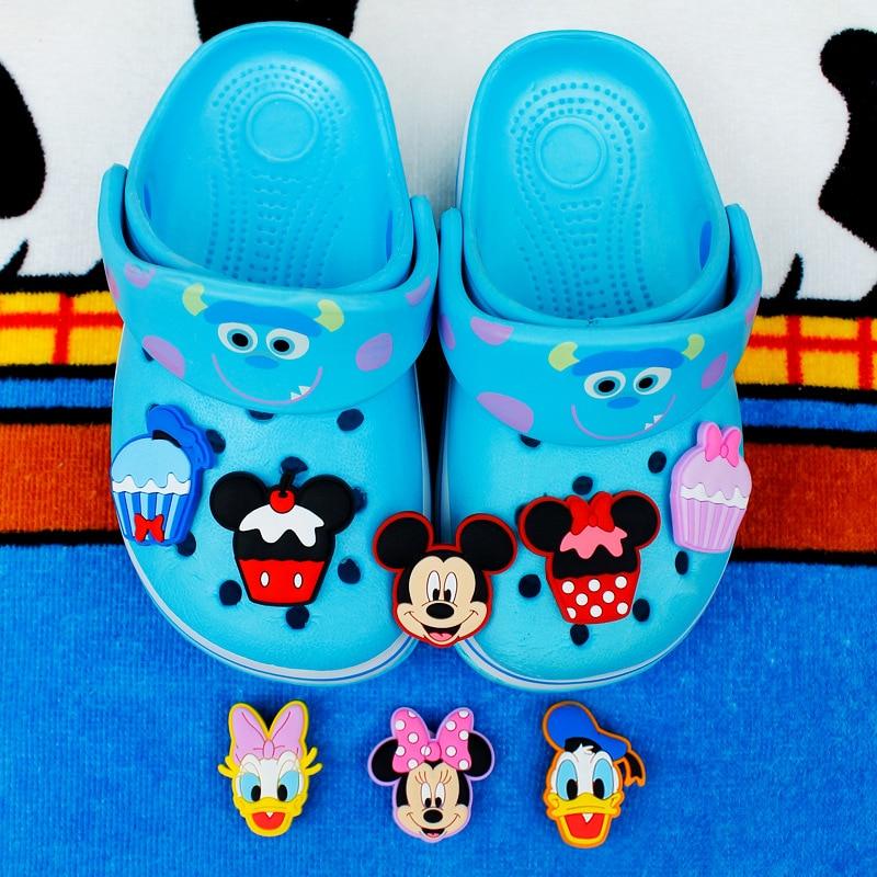 Novelty 8 Pcs/Lot PVC Cartoon Shoe Decorations Mickey&Minnie Charms Accessories Buckles Fit Bands Bracelets Croc JIBZ Kids Gifts