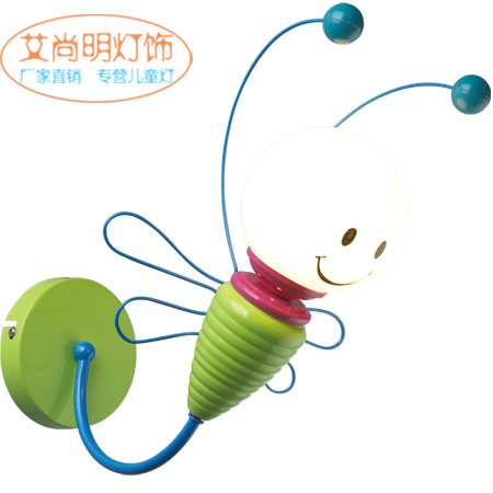 Le gros des enfants d'abeille verte fraîche souriant garçon fille belle chambre étude suspension lampe