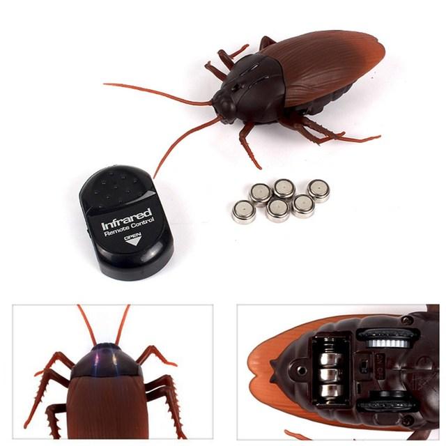 Engraçado Simulação Infrared Remote Control RC Assustador Assustador Inseto Barata Brinquedos Presente do Dia Das Bruxas Para Crianças Menino Adulto
