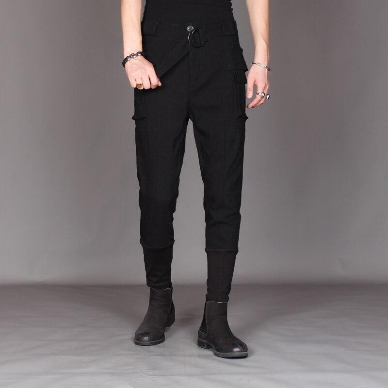 À la mode mâle garniture corps petit pied harem pantalon personnalité mâle cheveux styliste cravate pied net rouge automne pantalon récréatif.