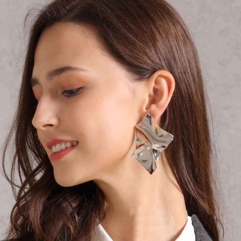 New Exaggerated Irregular Big Mirror Earring for Women New Design Fashion ZA Jewelry Metal Drop Dangle Earring Modern Jewelry