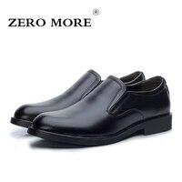 ZERO MAIS Deslizamento em Sapatas Dos Homens Dividir Couro de Lazer Da Moda Dos Homens Apontou Toe Sapatos de Cor Preta Tamanho 38-44