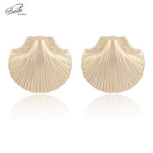 Badu Gold Sea Clam Shell Stud Earring Bohemian Summer Holiday Women Fashion Jewelry Gift for Girls Wholesale