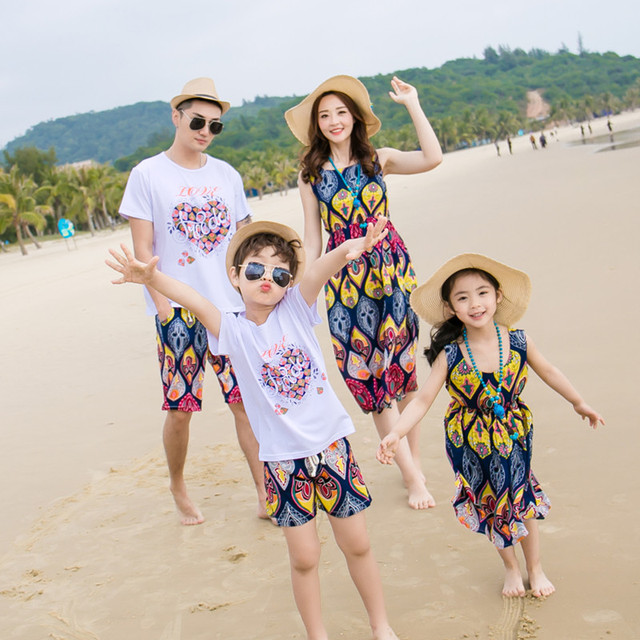 3d675928e عائلة مجموعة الملابس زوجين ملابس الصيف تناسب الرجال بوي الملابس مجموعة ،  المرأة طويلة اللباس الفتيات