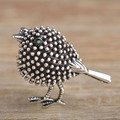 Vivid Antique Silver Plated Cute Bird Brooches For Women Kids New Year Gifts Alloy Beads Broches Lapel Pins Collar Tips Jewelry