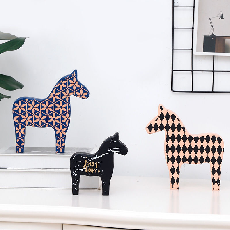 Sweden wood horse decoration handmade crafts horse arts wood painting animals living room decoration horse figures