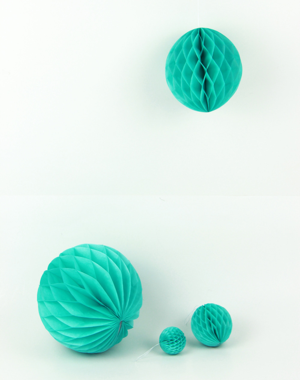 3pcs Mixed Size 15cm 20cm 25cm Turquoise Blue Tissue Paper Honeycomb Ball Paper Hanging Decor for Wedding Birthday in Party DIY Decorations from Home Garden