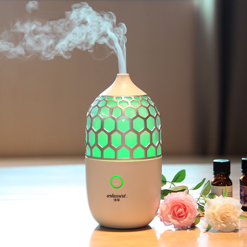 2018 Hot Sale Home/Office Air Humidifier Aromatherapy Essential Oil Diffuser 90ML Mute Aroma Diffuser  Fogger EU/US/AU/UK  Plug floor style humidifier home mute air conditioning bedroom high capacity wetness creative air aromatherapy machine fog volume