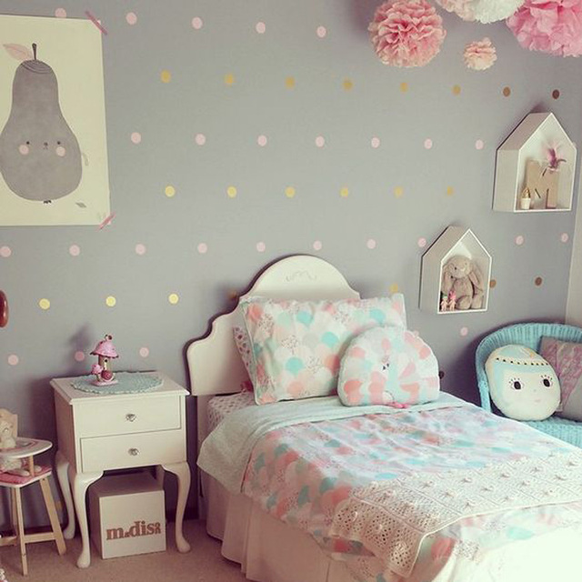 Baby Nursery Gold Polka Dots Wall Stickers Dots Wall Decal Children Room Wall Sticker Kids Room Easy Wall Art Home Decoration
