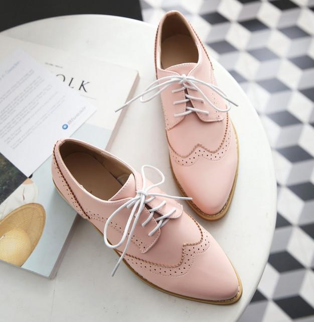 CALIENTE 2017 más el tamaño 35-43 resorte de punta en punta de la vendimia de las mujeres zapatos de los planos de moda solid lace up oxford zapatos mujeres tenis feminino