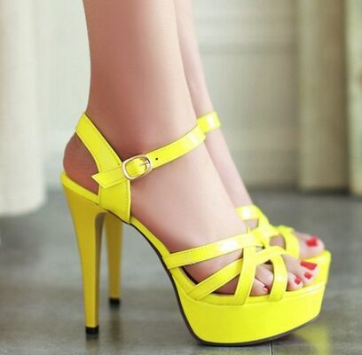 8a30884c5093 Size 4~8 Sexy Platform Women Shoes Summer Yellow High Heels Shoes 2017  Black Women Pumps zapatos mujer (Chenk Foot Length)