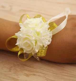 花嫁介添人花嫁のウェディング用品ハンドフラワー花嫁介添人シルクローズ花嫁の手首のコサージュの花の結婚式の装飾パーティーの小道具