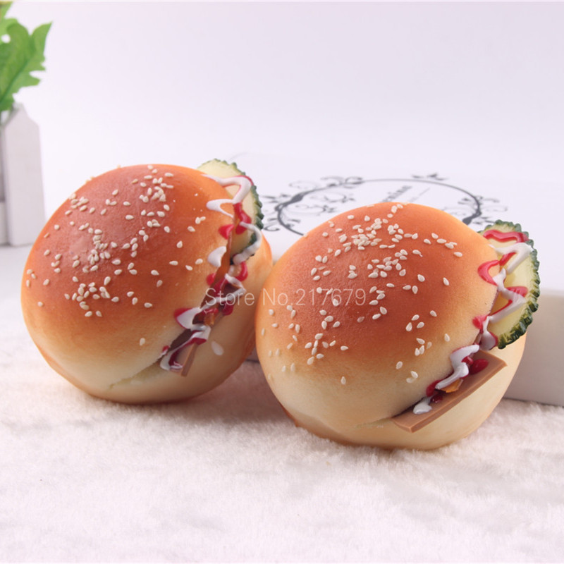 7.5cm עגול המבורגרים לחם squishy לחם PU מזון - צעצועים הומוריסטיים