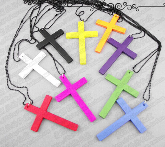 Harajuku candy stripper ayumi wood cross necklace