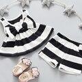 2 unids Niñas Trajes de Verano Bebé de la Manera Embroma el Equipo BowTankTop V-CUELLO de La Raya Vestido de la camiseta + Pantalones Cortos Set 3 COLORES Disponibles