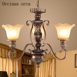 Amerykański klasyczne rzeźby żyrandol salon lampka do sypialni europejski styl prosty i kreatywny sztuki żelaza żyrandol