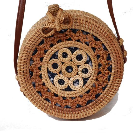 Circle Rattan Bag Woven Summer Retro Small Round Hollow Out Straw Bag Summer Wood Beach Bags Travel Bali Cosmetic Bag