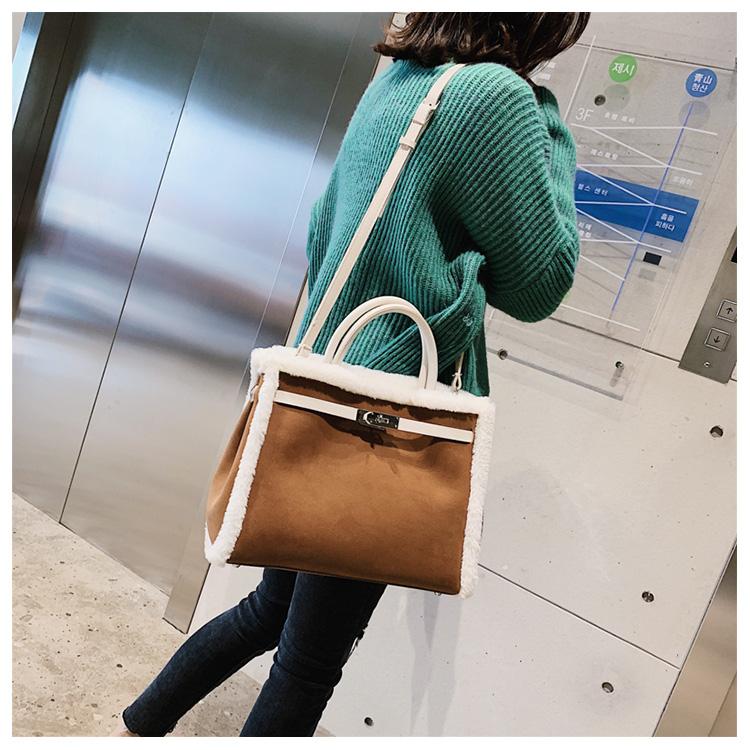 Korean handbag large capacity bucket hand bag designer big tote designer Fur women messengerc winter shopping wool no lock 99