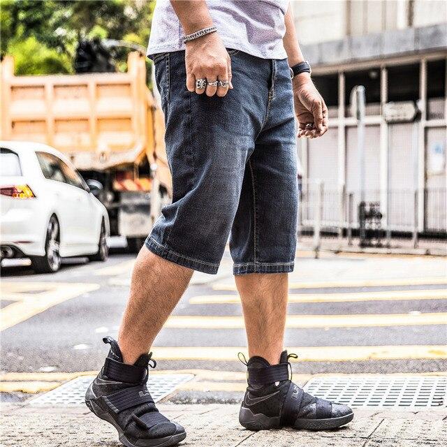 86 большой Размеры Короткие Плюс Большой 40 42 44 46 48 Популярные летние бермуды джинсовые Капри Бриджи по колено 2017 черный брюки-карго джинсовые шорты мужские