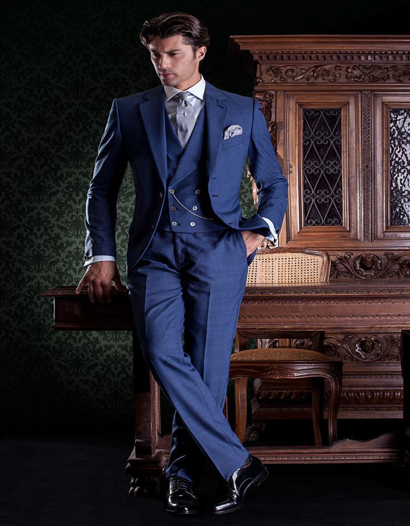 Moda Due Pulsanti Blu Smoking Dello Sposo Groomsmen uomo Prom Abiti Sposo  (Jacket + Pants + Vest + Tie) K  796 a74991f3bbbd