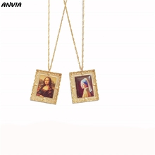 Photo Pendent Necklace Women Mona Lisa Chain Retro Alloy Frame Square Art Famous Painting Europe Design Statement Friends Gifts